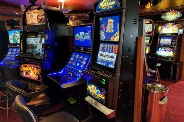 Slot machines versus Video Poker 3